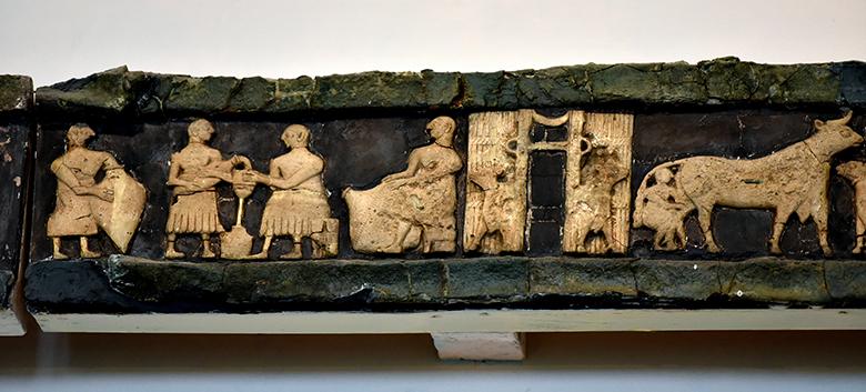 produzione del formaggio in mesopotamia - fregio del Tempio di Ninhursag a Tell-al-Ubaid